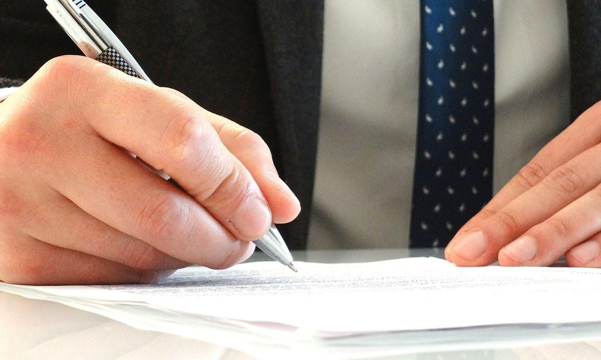 Jakie zadania można powierzyć kancelarii prawnej?