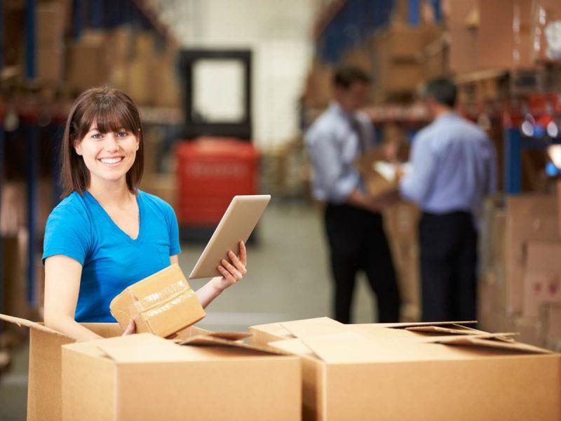 Dlaczego warto korzystać z pakowania usługowego – co-packingu?